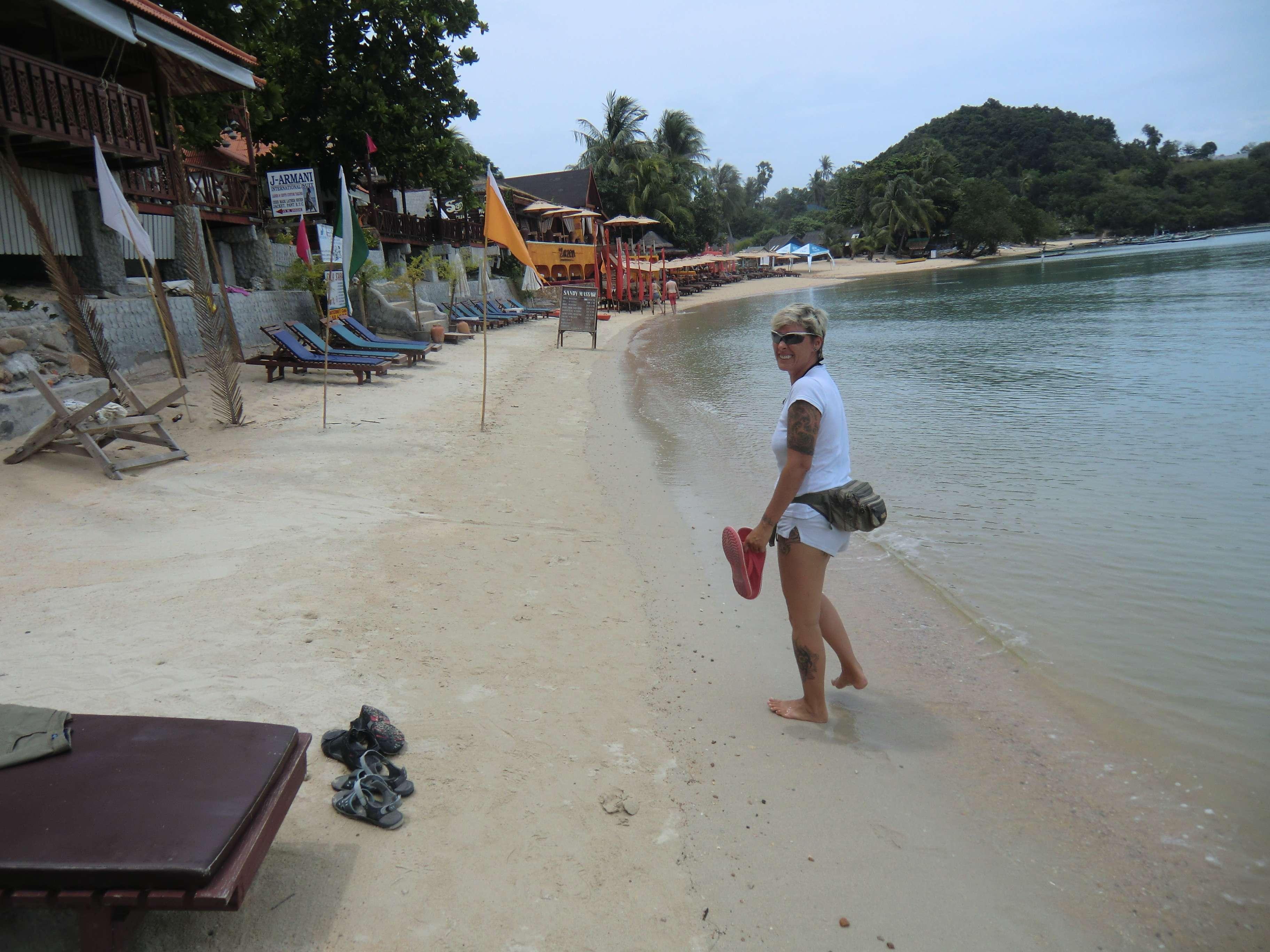 immer schön vorsichtig, der Strand ist hier nicht wirklich breit !!!