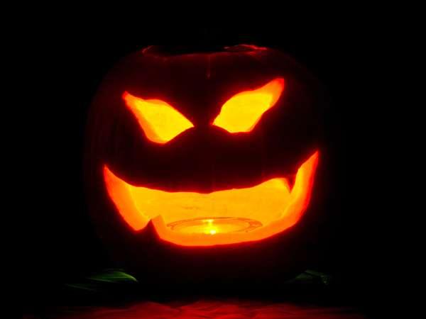 Especial de Halloween de Multimedios en Vivo